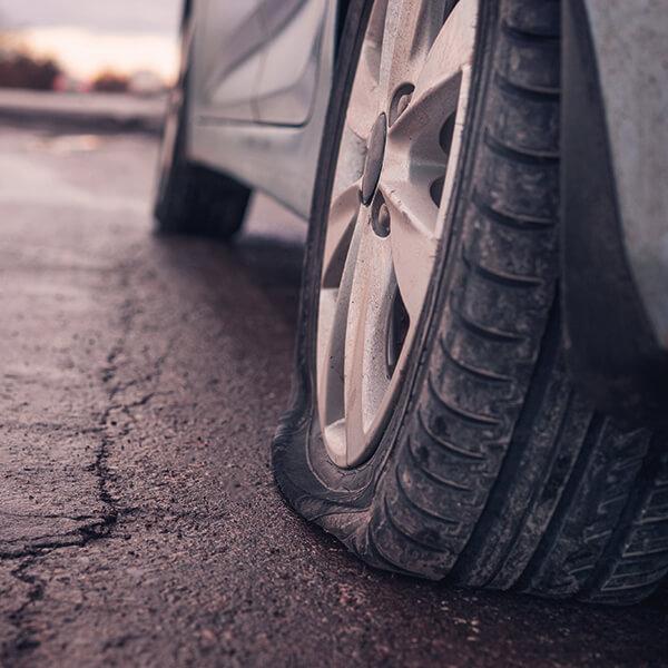 Reifen kaputt reparieren